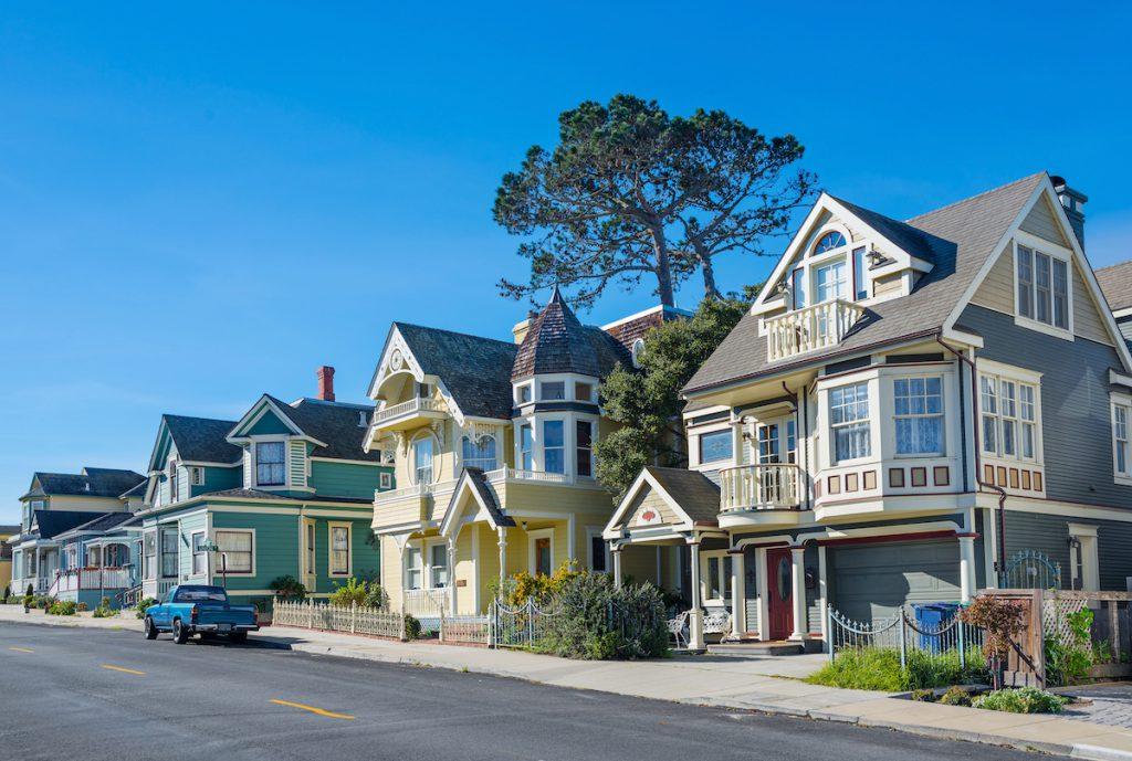 El Gobierno no pone ninguna barrera a la compra de vivienda por parte de extranjeros, es más, si es posible intenta incentivarla.